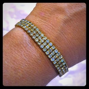 Stretchy square crystals bracelet